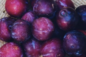 Purple fruits plums